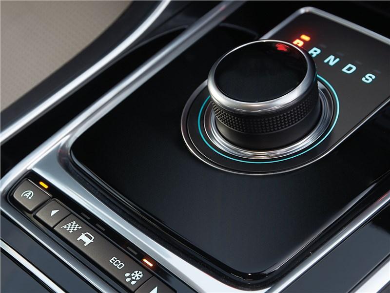 Jaguar XE 2017 селектор АКПП