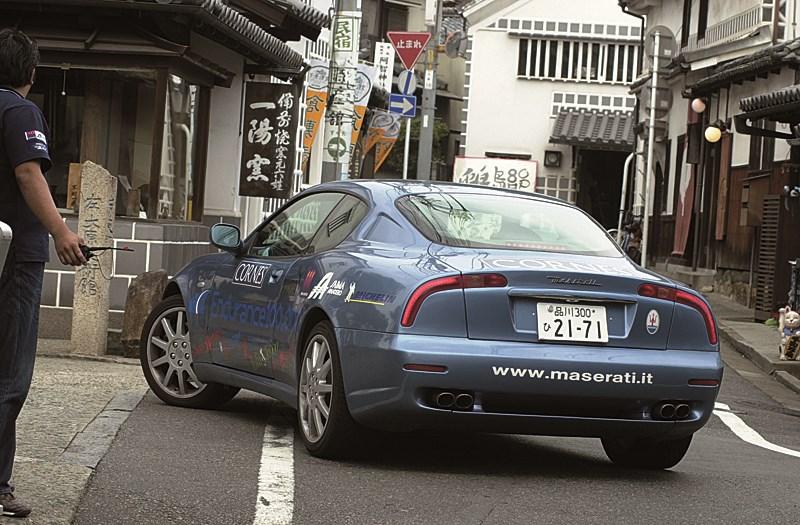 Maserati 3200 GT в условиях города