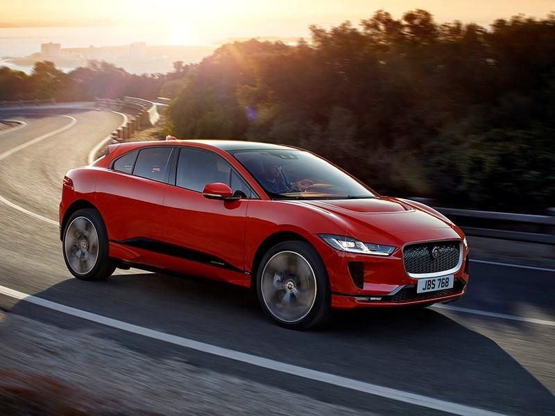 Jaguar привез в Россию электрический кроссовер