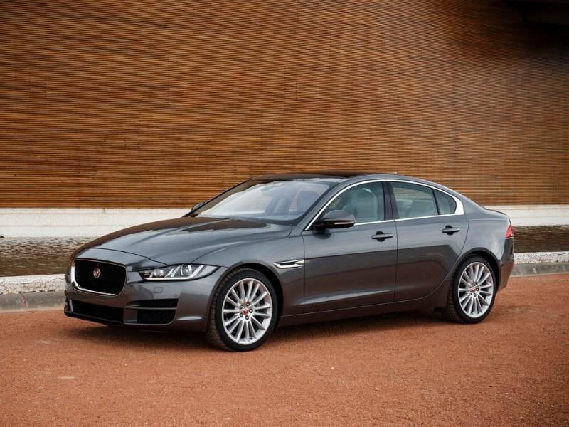 Jaguar начал работу над «заряженным» седаном XE