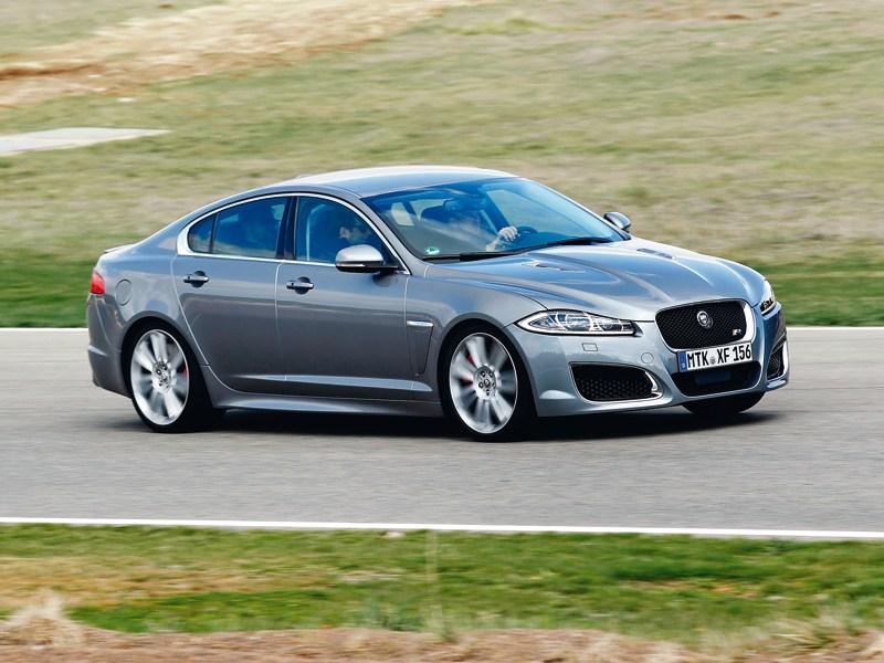 Jaguar XFR вид сбоку