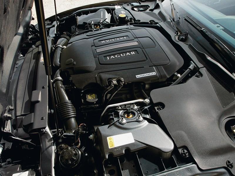 Jaguar XKR-S двигатель