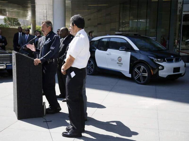 Департамент полиции Лос-Анджелеса закупит 100 электрокаров BMW i3 - автоновости