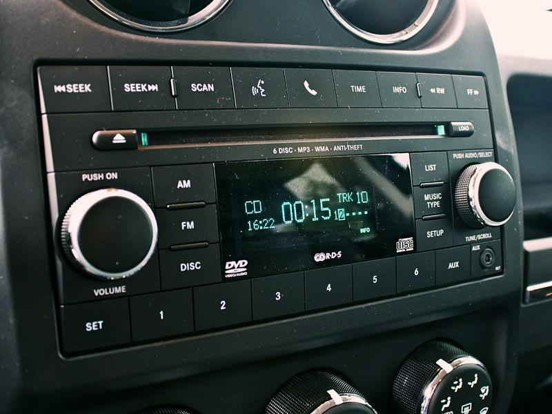 Jeep Liberty 2007 аудиосистема