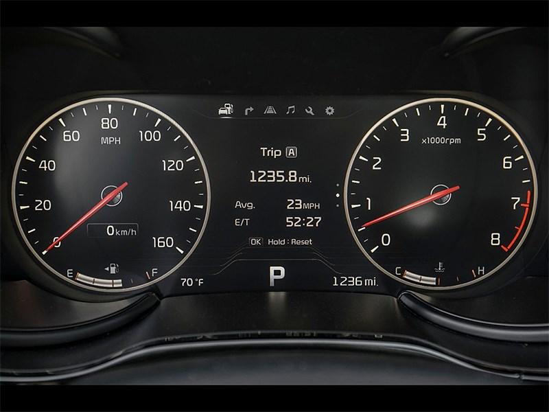 Kia K900 2014 приборная панель