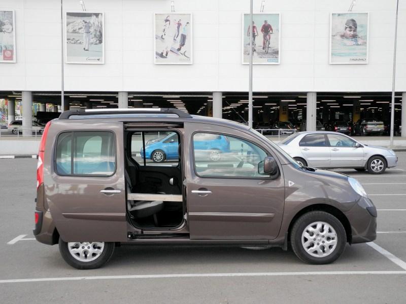 Renault Kangoo 2012 вид сбоку