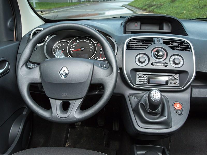Renault Kangoo 2013 водительское место