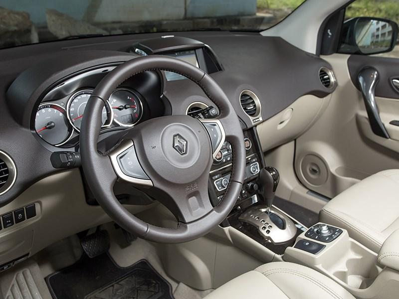 Renault Koleos 2014 водительское место 2