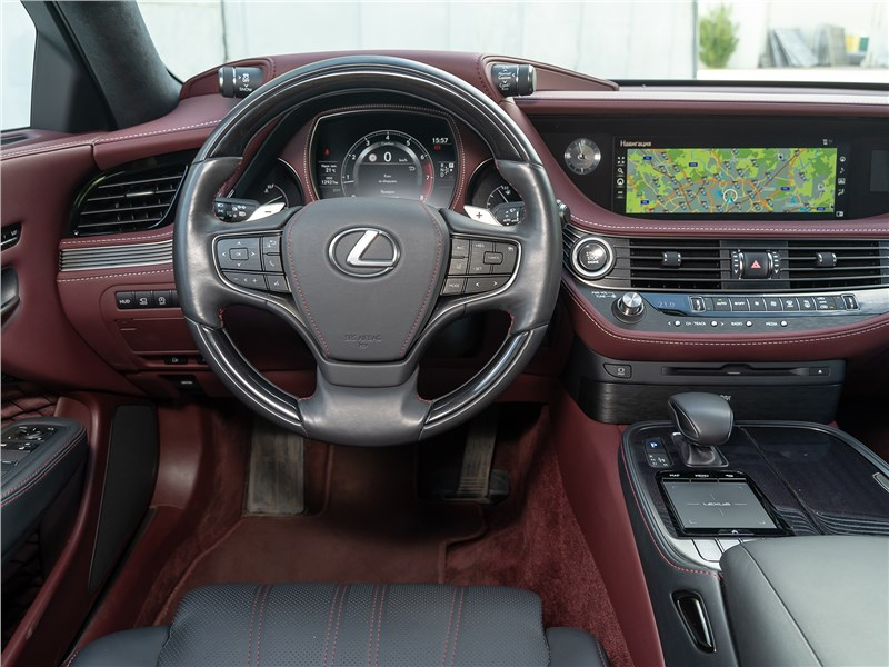 Lexus LS 500 AWD Luxury+ 2018 салон