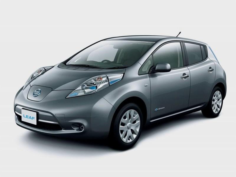 Новый Nissan Leaf - Nissan Leaf 2013 вид спереди