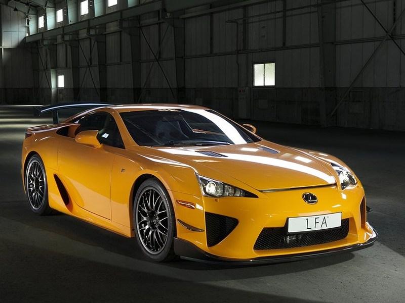 Lexus сделает ставку на имидж