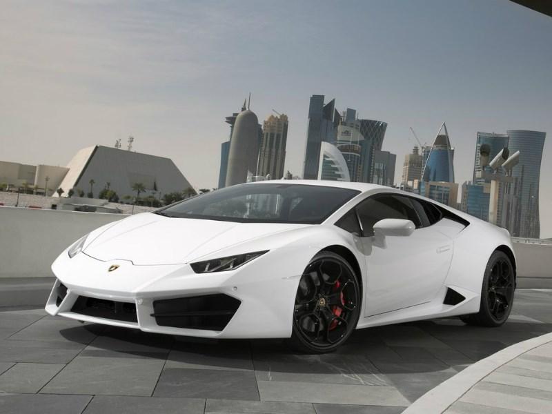 Жители России в прошлом 2016г. приобрели 19 Lamborghini Huracan стоимостью 13,5 млн