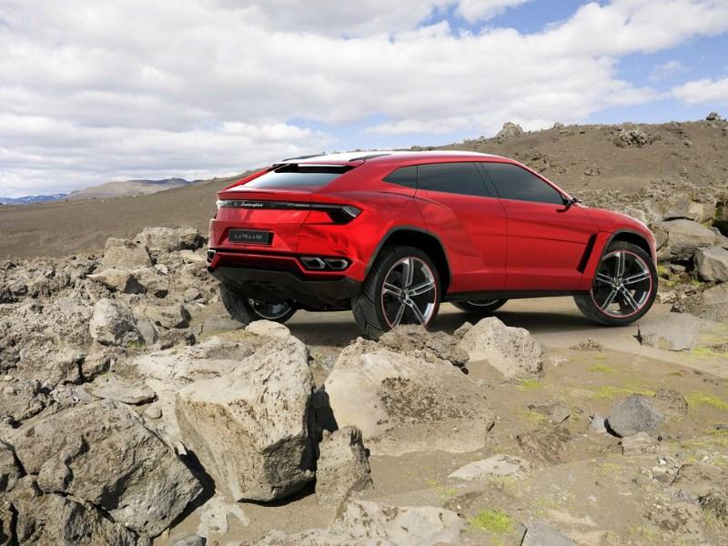 Lamborghini Urus представят в декабре