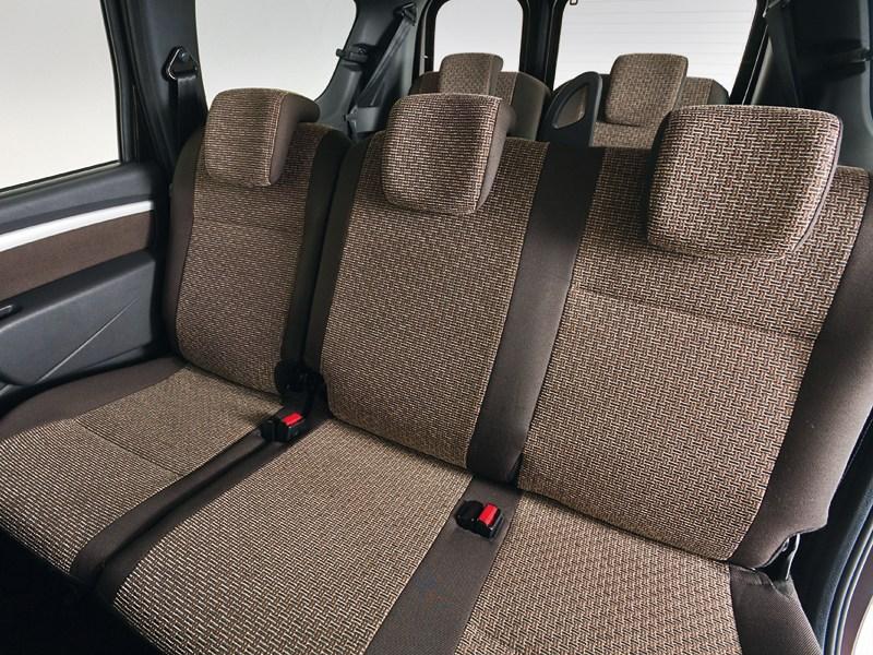 Lada Largus 2012 задний диван