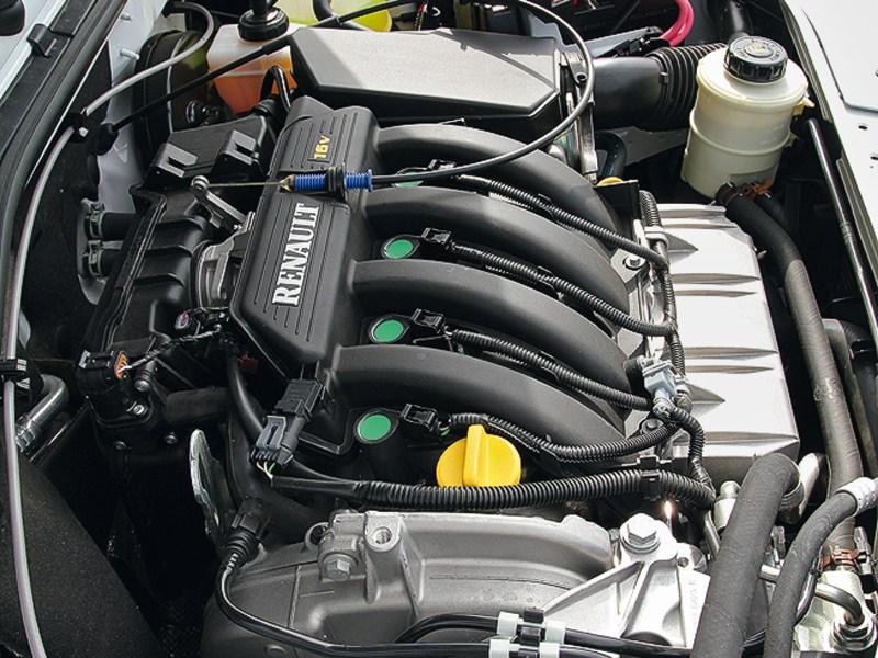 Lada Largus 2012 двигатель