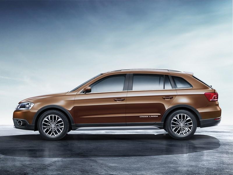 Volkswagen Cross Lavida 2014 вид сбоку