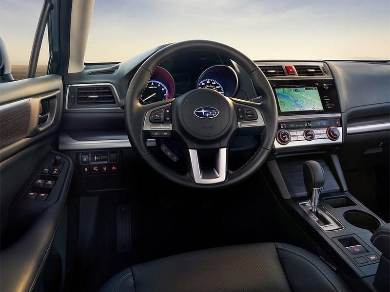 Subaru Legacy 2014 водительское место