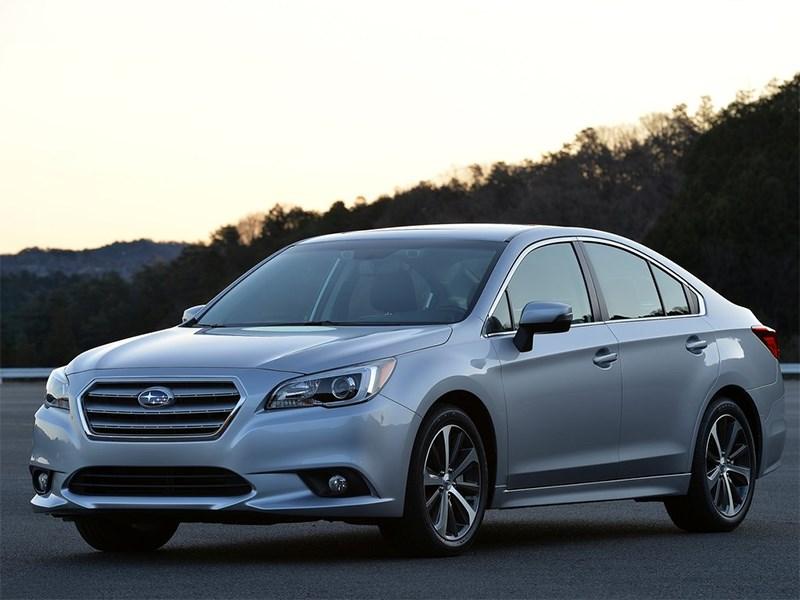 Subaru Legacy 2014 вид спереди