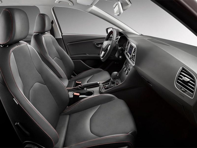 SEAT Leon ST 2014 передние кресла