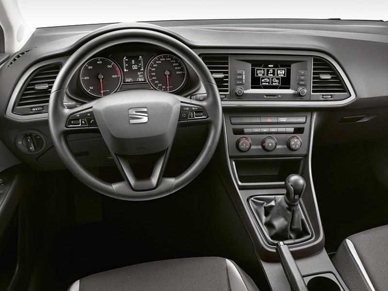SEAT Leon ST 2014 водительское место