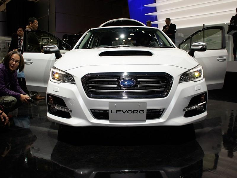 Subaru Levorg concept 2013 вид спереди