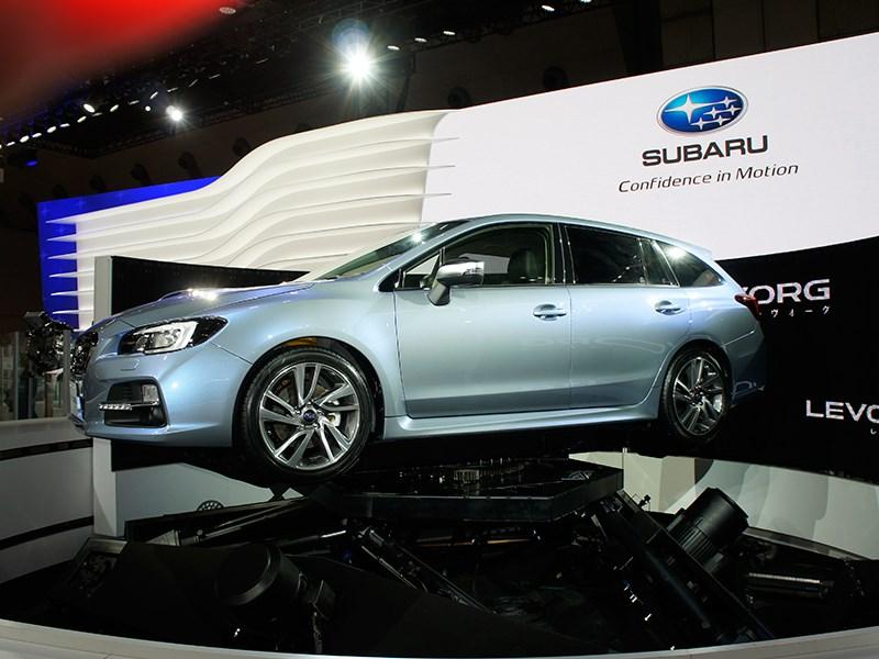 Subaru Levorg concept 2013 вид сбоку