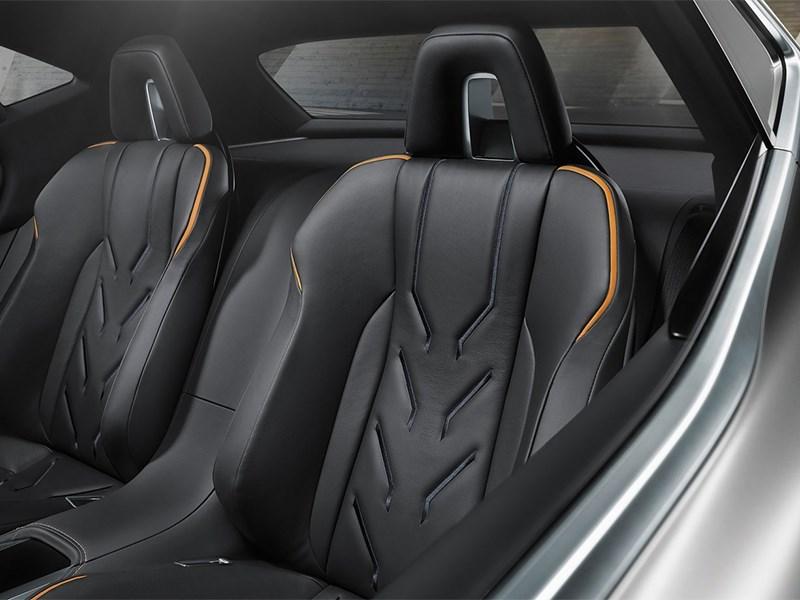 Lexus LF-NX концепт 2013 задние кресла