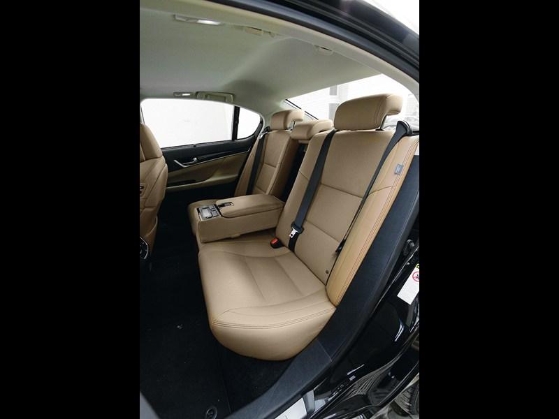 Lexus GS 2011 задний диван