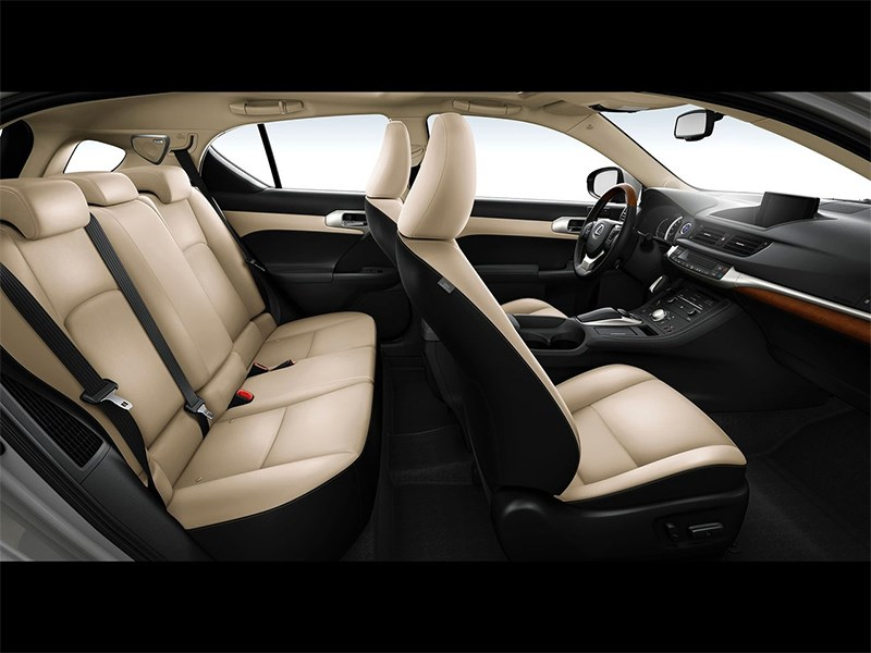 Lexus CT 200h 2014 салон
