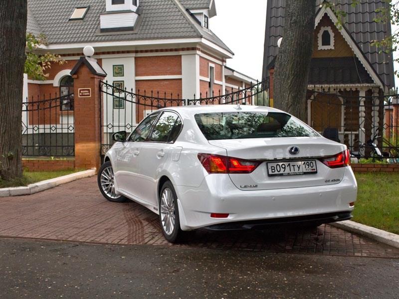 Lexus GS450h 2012 вид сзади