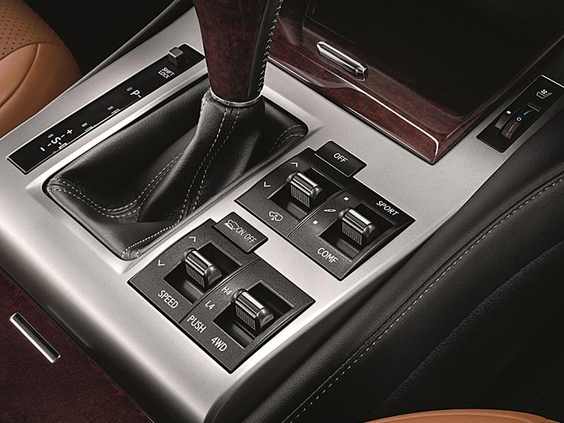 Lexus GX 460 2014 управление трансмиссией