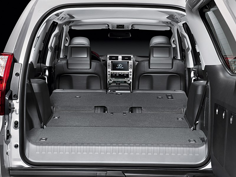 Lexus GX 460 2014 багажное отделение