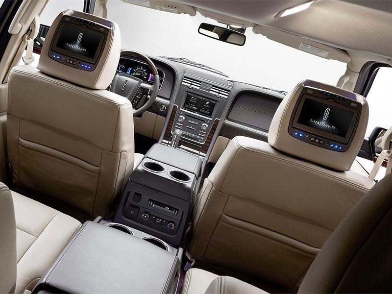 Lincoln Navigator 2014 мониторы в креслах