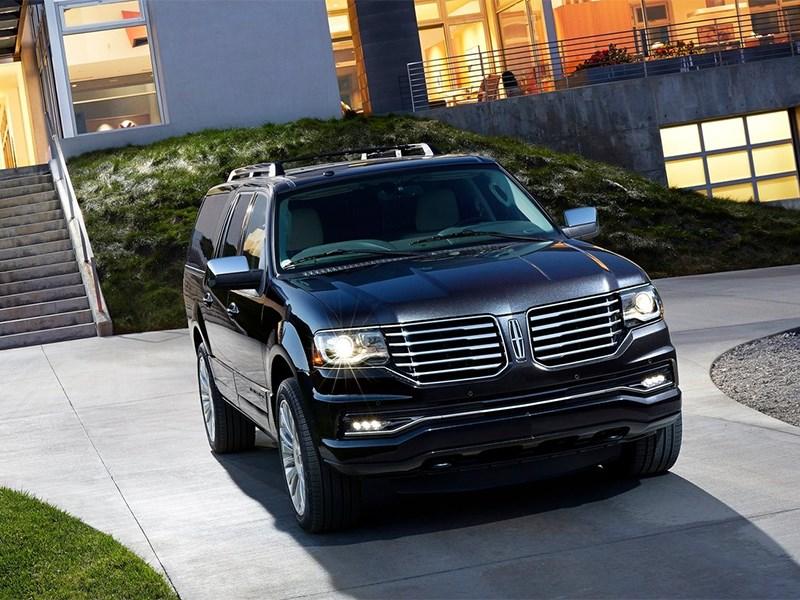 Lincoln Navigator 2014 вид спереди фото 3