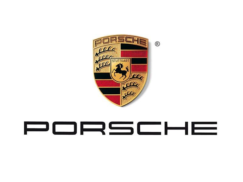 Porsche достроил 25-метровую колонну из солнечных батарей