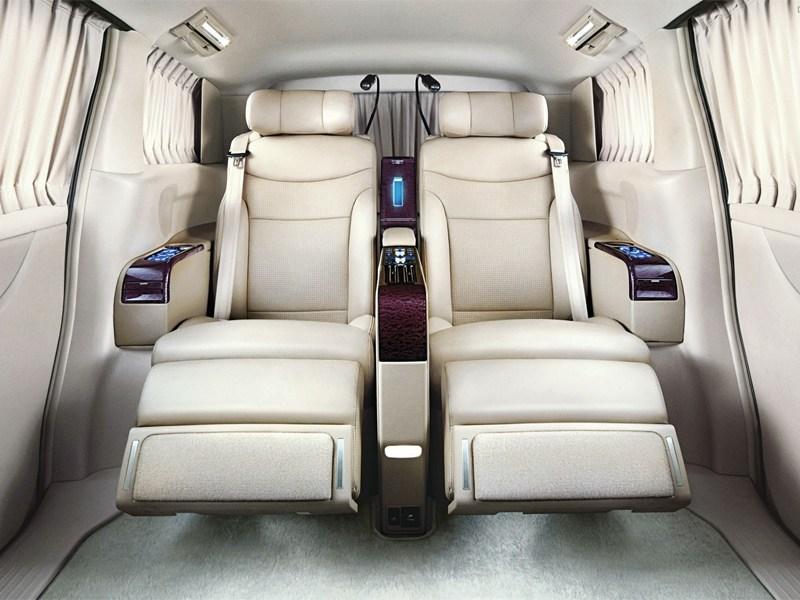 Luxgen CEO 2013 места для пассажиров