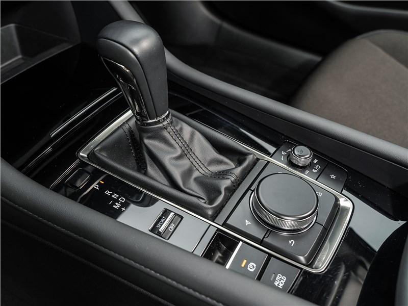 Mazda 3 2019 6АКПП
