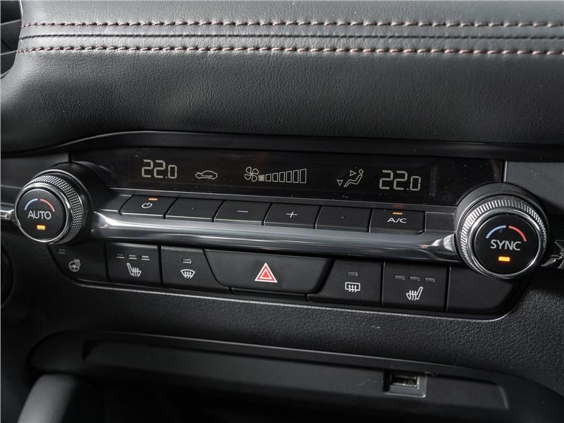 Mazda 3 2019 климатическая система