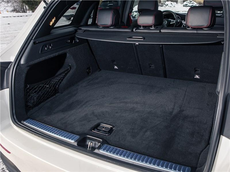 Mercedes-Benz GLC 2016 багажное отделение
