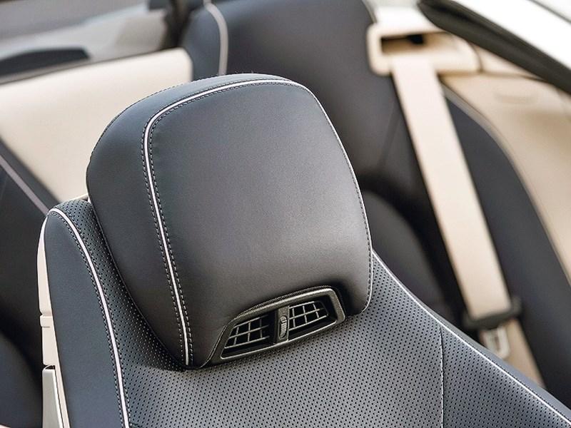 Mercedes-Benz E-Klasse кабриолет 2013 подголовник