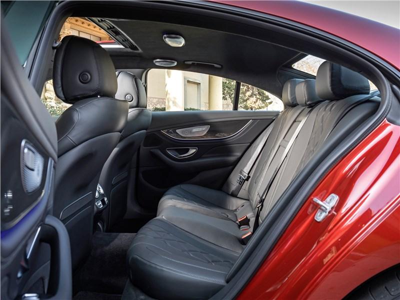Mercedes-Benz CLS 2019 задний диван