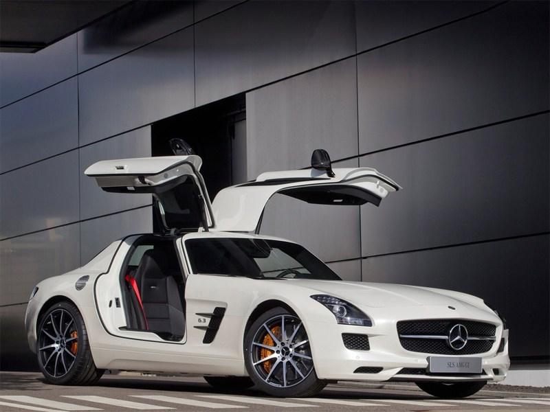 Mercedes-Benz SLS AMG GT 2013 вид спереди