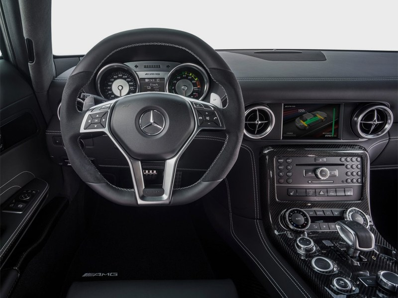 Mercedes-Benz SLS AMG Coupe Electric Drive 2013 водительское место