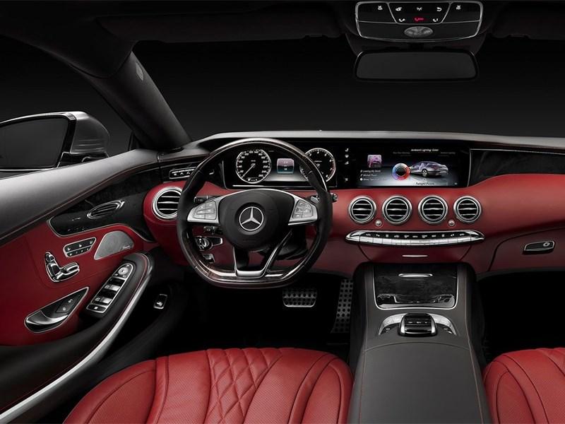 Mercedes-Benz S-Klasse Coupe 2014 водительское место
