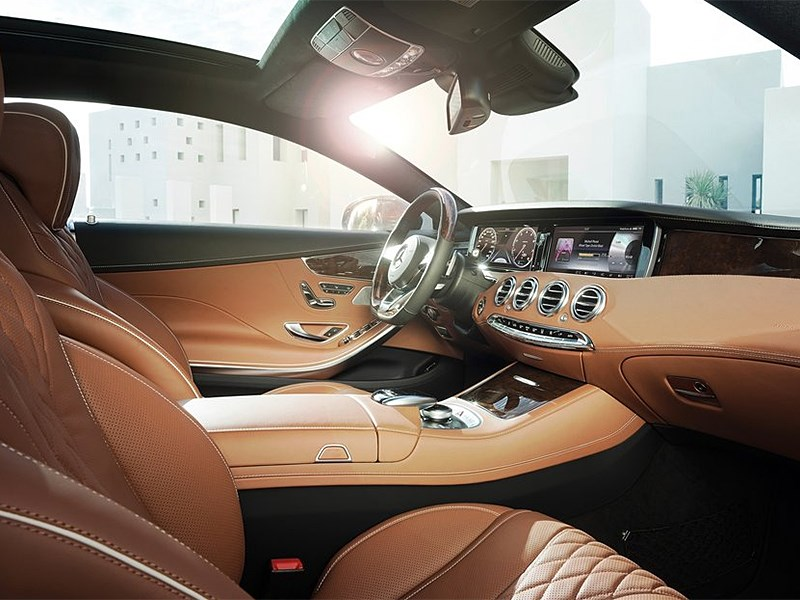 Mercedes-Benz S-Klasse Coupe 2014 водительское место фото 2