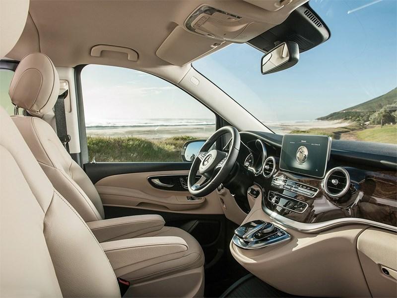 Mercedes-Benz V-Klasse 2014 передние кресла
