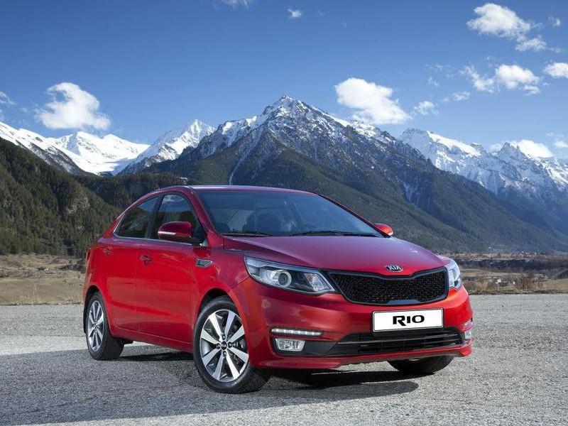В России начали продажи лимитированной модификации Kia Rio Premium 500