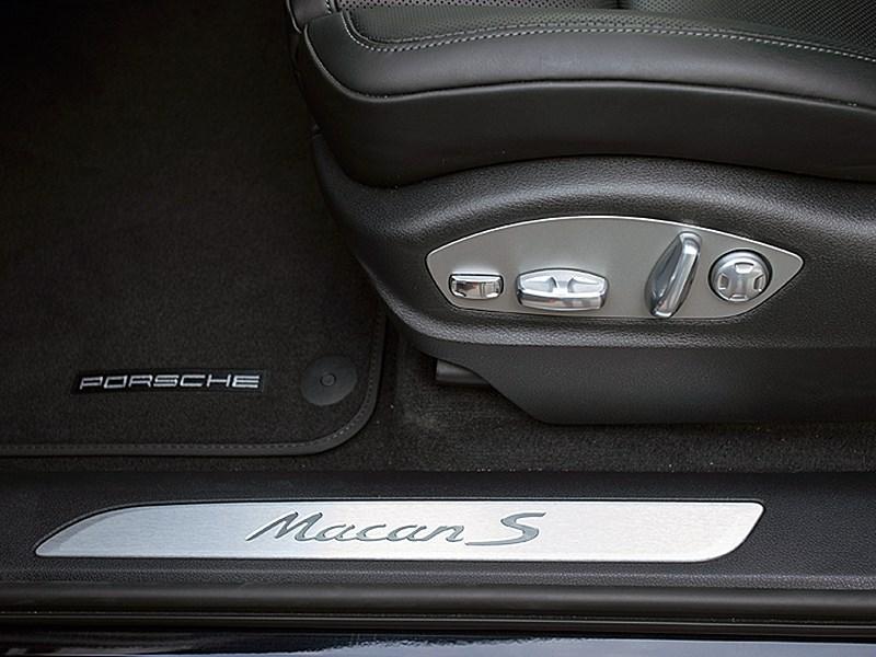 Porsche Macan 2014 передние кресла