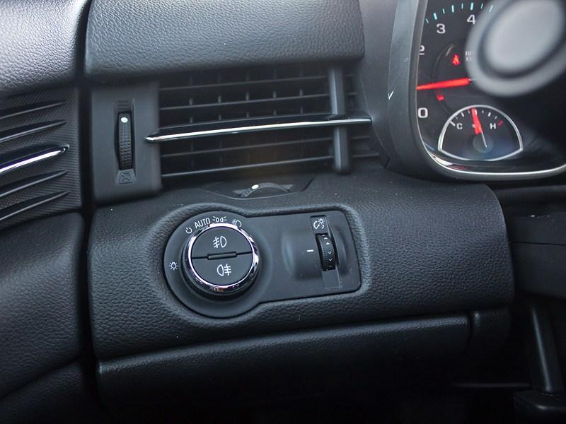 Chevrolet Malibu 2013 управление светом