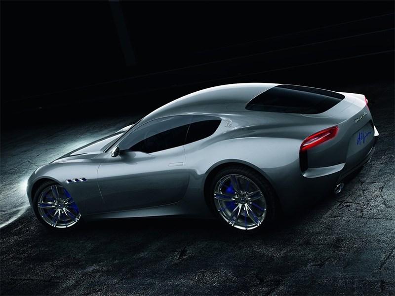Maserati Alfieri concept 2014 вид сбоку сверху